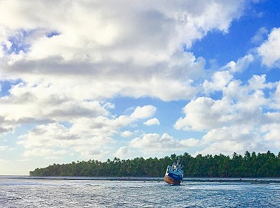 Supply ship aground on Nassau's reef