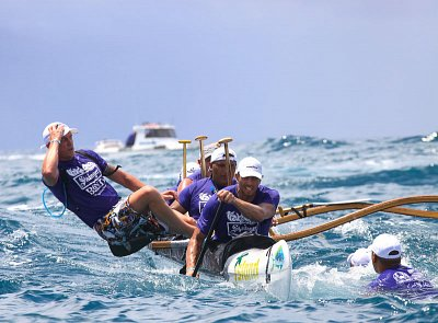 Changing crew during Pacific Cup relay race