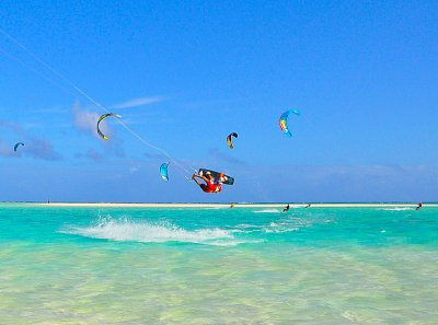 Kiting fun at Maina Iti